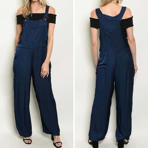 Relaxed fit Navy colored Overall